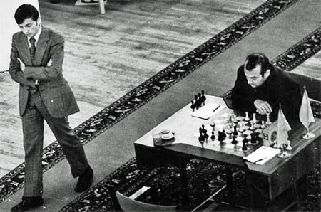 http://ruchess.ru/images/stories/2011/news/may/karpov/karpov04-korchnoi1974.jpg