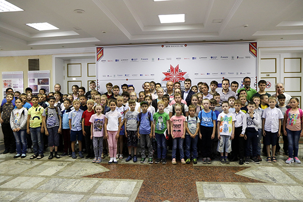 На Суперфиналах в Ижевске прошел день социальной программы