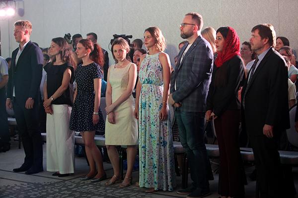 В Казани открылся турнир претенденток