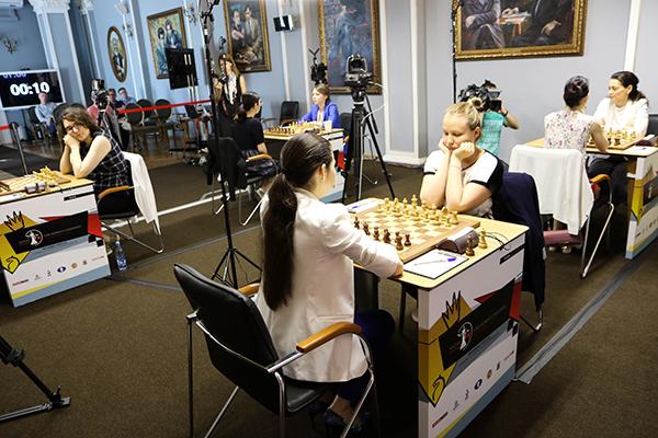 Александра Горячкина выигрывает шестую партию на турнире претенденток