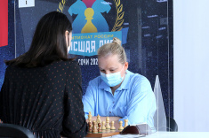 Valentina Gunina and Yulia Grigorieva Lead Women's Event at Russian Championship Higher League
