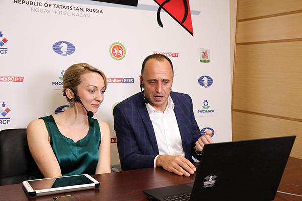 В Казани сыграны первые партии турнира претенденток ФИДЕ