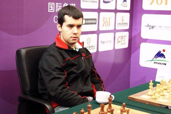 Ян Непомнящий выиграл турнир в шахматы Бронштейна