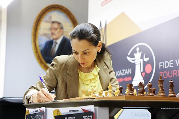 В Казани завершен предпоследний тур турнира претенденток