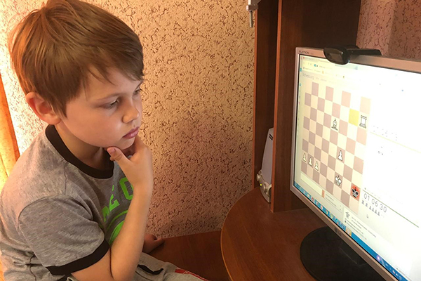 Юные боксеры Томска сыграли в шахматы