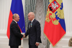 Andrey Filatov Presented with Order of Friendship