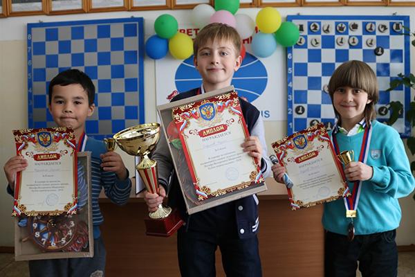 В Магнитогорске прошли детские турниры памяти Иосифа Шварцмана