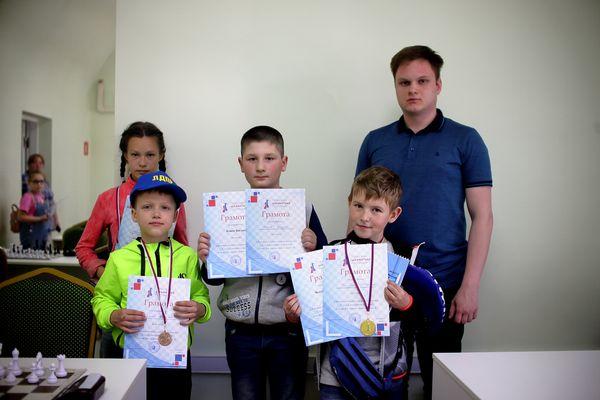 В Тульской шахматной гостиной завершилась серия турниров, посвященных Дню защиты детей