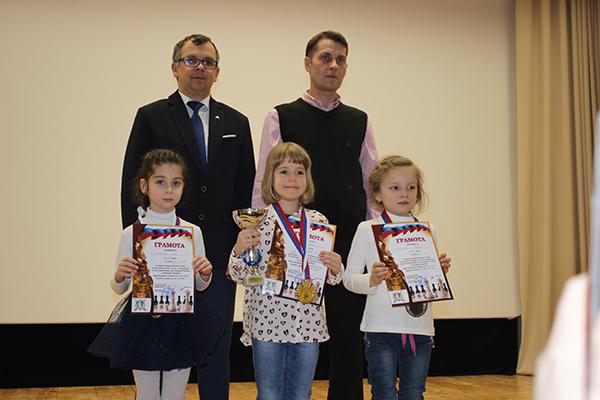 В Задонске провели турнир в честь 75-летия Победы и Дня защитника Отечества
