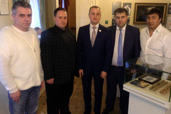 Кандидаты на пост президента Саратовской областной шахматной федерации встретились с руководством РШФ