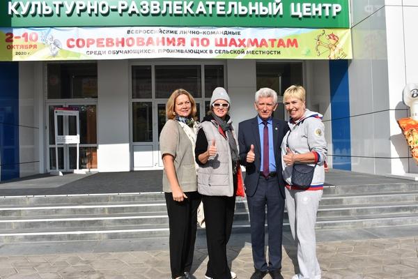 На Всероссийских соревнованиях среди сельских школьников пройдено две трети дистанции