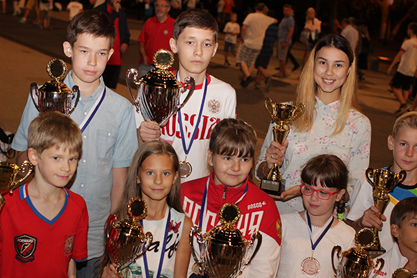 Юные российские шахматисты отличились на детском первенстве Европы в Мамае