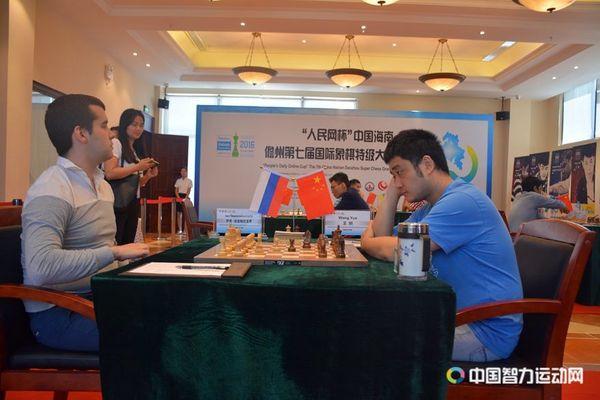Ян Непомнящий выиграл вторую партию на турнире в Даньчжоу