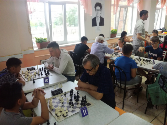 Шахматисты приглашаются на Мемориал Виктора Максимова