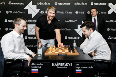 Alexander Ovechkin Makes Ceremonial Move One in the Moscow FIDE Grand Prix Final Tie-Break