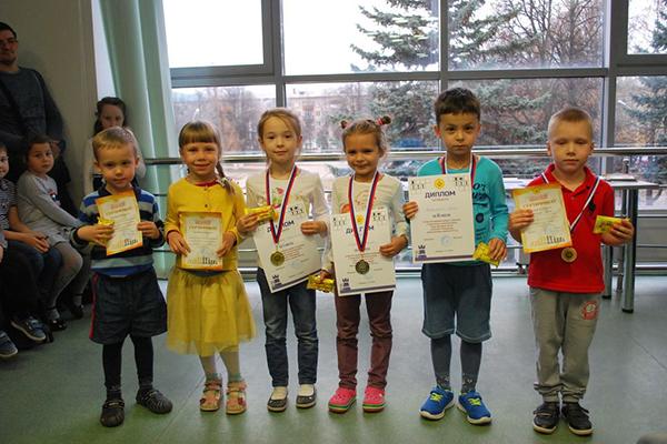 В Чебоксарах набирает обороты проект «Юный шахматист»