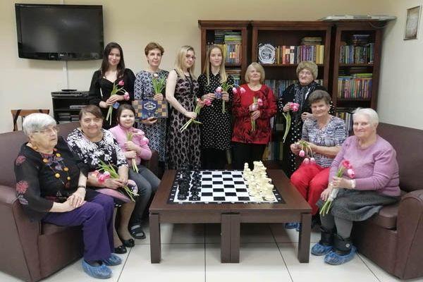 В Самарской шахматной гостиной отметили 8 марта