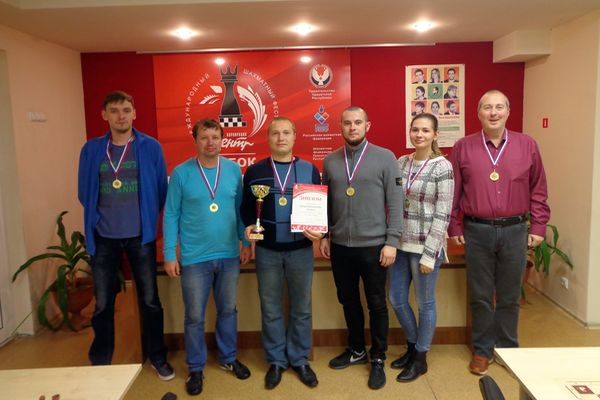 В Ижевске прошел командный чемпионат города по быстрым шахматам