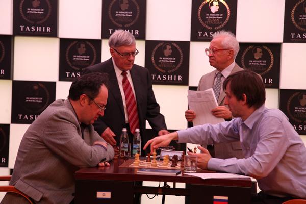 Александр Грищук снова побеждает на турнире TASHIR памяти Т. Петросяна