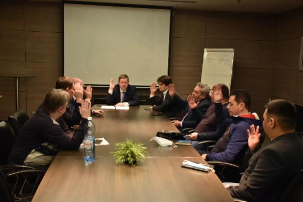 Максим Ивахин переизбран руководителем ассоциации шахматных федераций СФО
