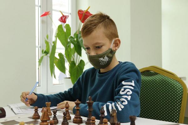 В Тульской шахматной гостиной прошел турнир для начинающих