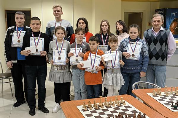В Оренбурге провели детский фестиваль «Русская зима»
