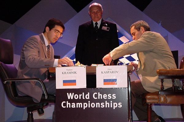 Владимир Крамник расскажет об исторической победе над Гарри Каспаровым