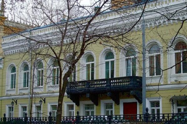 Русская шахматная школа приглашает на зимние турниры