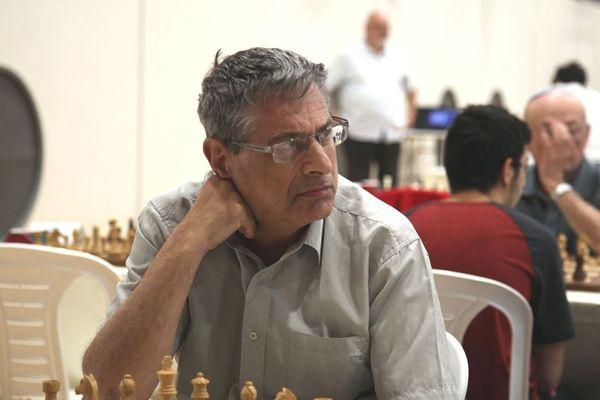 Борис Гельфанд и Ян Непомнящий лидируют в Кубке Гидеона Яфета