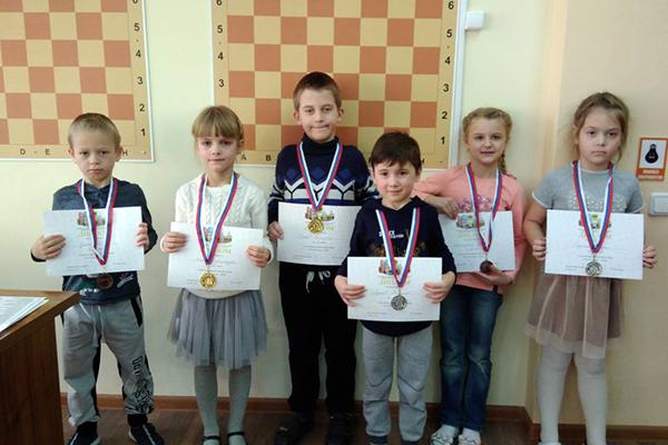 В Оренбурге провели детский фестиваль «Русская Зима - 2019»