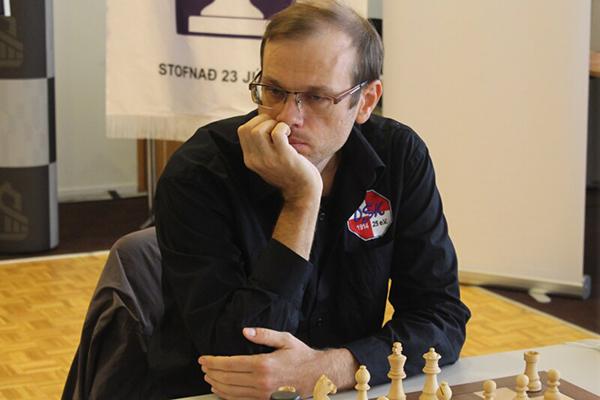 Антон Демченко сохраняет лидерство на чемпионате Европы