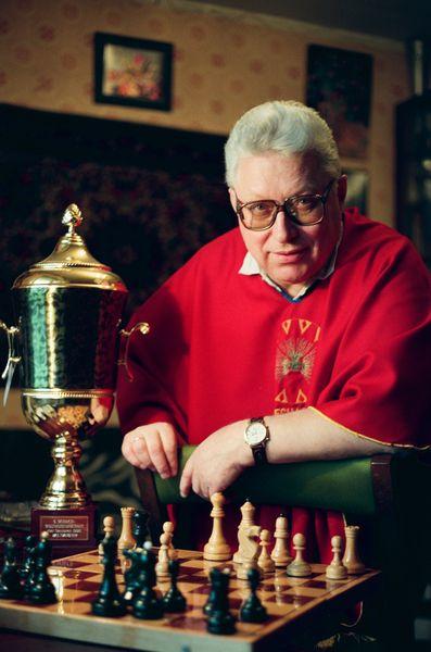 Рыцарь золотого века шахмат
