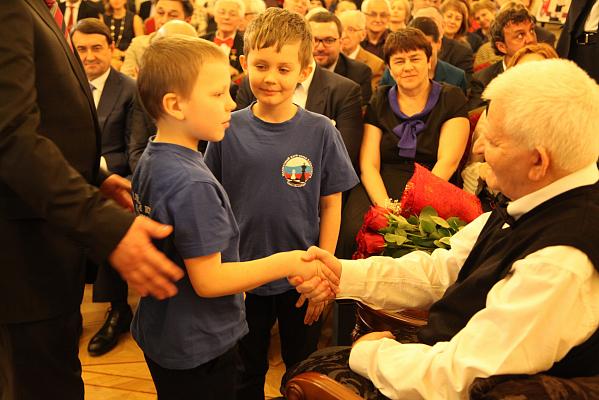 В Санкт-Петербурге отметили день рождения Бориса Спасского