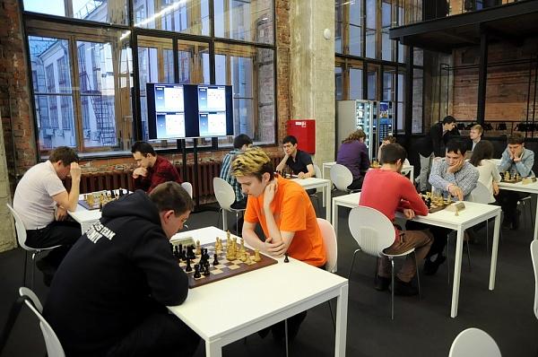 Завершились соревнования публичной программы претендентского турнира