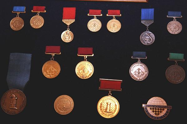 Медали Давида Бронштейна пополнили коллекцию Музея шахмат ФШР