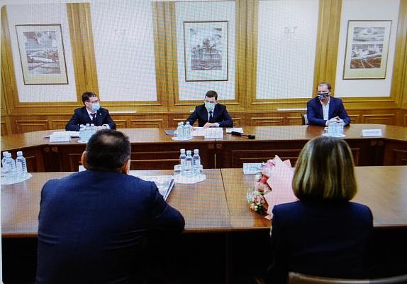 Губернатор Свердловской области провел встречу с руководством ФШСО и Леей Гарифуллиной