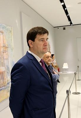 Ян Непомнящий и Аниш Гири вырываются вперед на Мемориале Таля