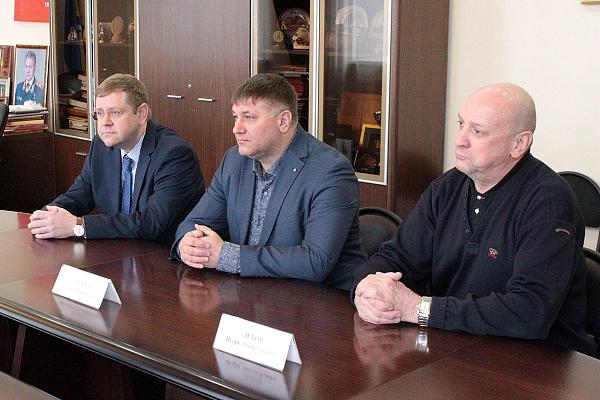 Председатель Верховного Хурала Республики Тыва встретился с шахматной общественностью Сибири